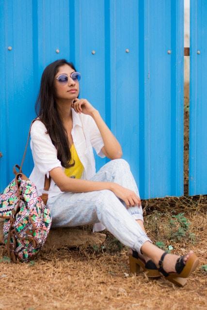 jogger pants online india, white shirt online india, forever21 white shirt, indian fashion blogger, top indian fashion blog, best indian fashion blog, hyderabad fashion blog
