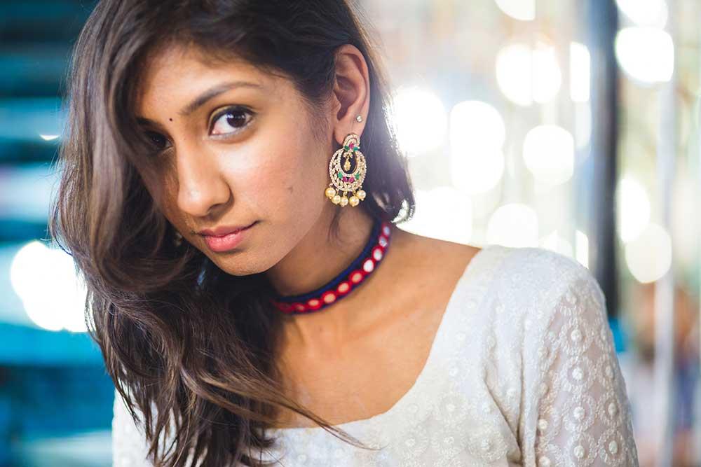 festive shopping charminar, bangle shopping charminar, glass bangles charminar, hyderabad pearl earrings online