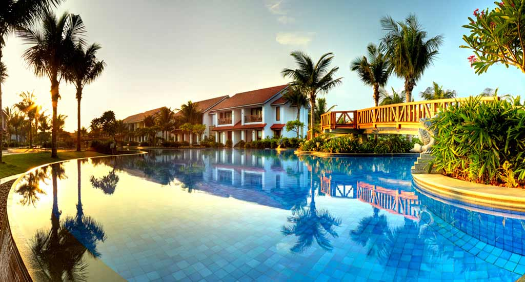 Radisson blu mahabhalipuram, top beach resorts in chennai, best bach resorts in india,