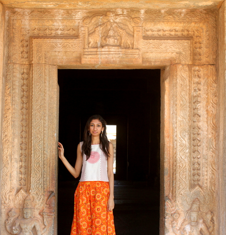hampi orange county resorts, hampi vittala temple, orange palazzos online india, orange palazzos jabong india, best ndian fashion blog, top indian fashion blog