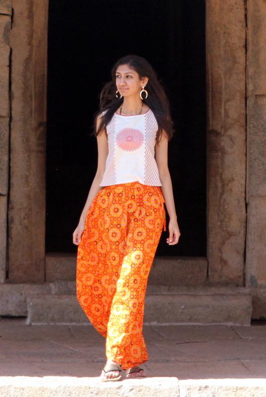 hampi orange county resorts, hampi vittala temple, orange palazzos online india, orange palazzos jabong india, best ndian fashion blog, top indian fashion blog