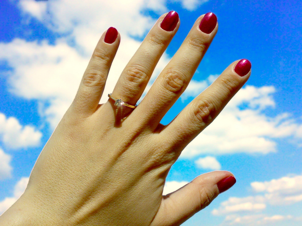 where to buy antique engagement ring, how to choose engagement ring