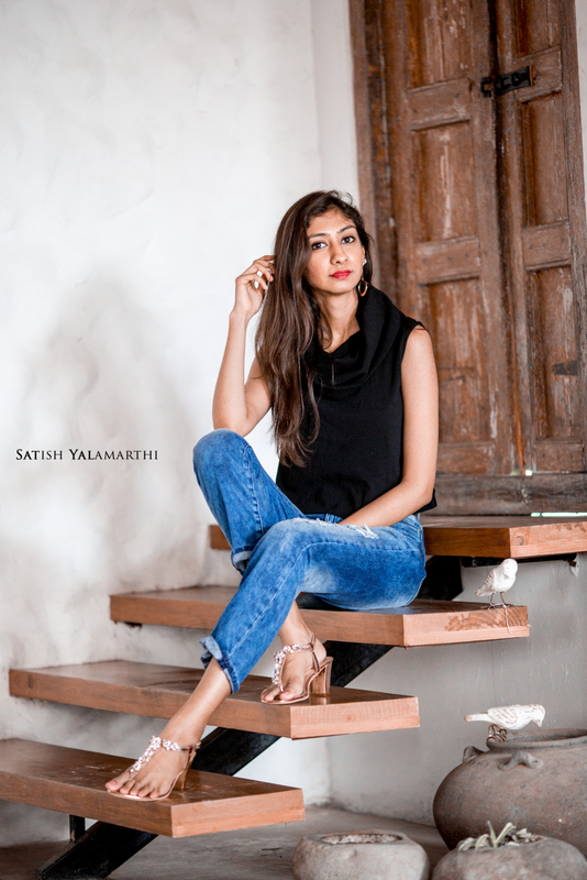 basics with a twist, basic ripped denim, boyfriend denim, hyderabad fashion blog, top indian fashion blog, steve madden block heels