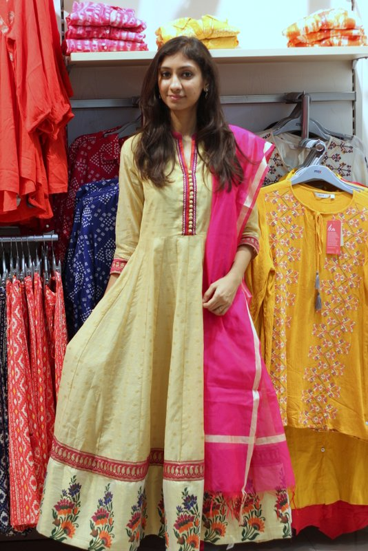 top indian fashion blog, best indian fashion blog, top hyderabad fashion blog, max festive wear collection